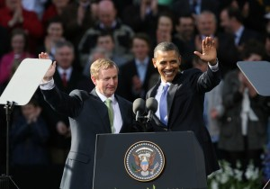 Enda Kenny introducing Obama to the Irish public